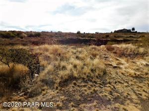 12300 S Caballo, Mayer, AZ 86333