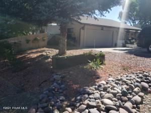 829 Hopi Trail, Dewey-Humboldt, AZ 86327
