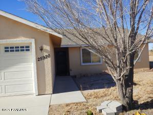 25920 N Woody Drive, Paulden, AZ 86334