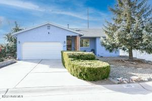 Single level living with lower level private unit