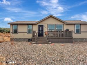 10995 E Powerline Road, Dewey-Humboldt, AZ 86327