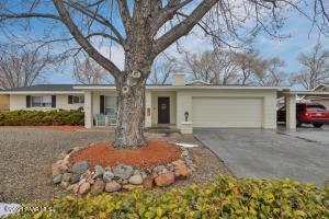 6 Perkins Drive, Prescott, AZ 86301