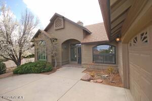 1638 Cedarwood Drive, Prescott, AZ 86301