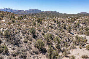 Great Lot in Williams Valley Area with Some GREAT Views