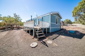 227 Pineveta Road, Ash Fork, AZ 86320