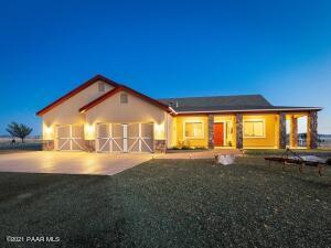 8275 E Spurr Lane, Prescott Valley, AZ 86315