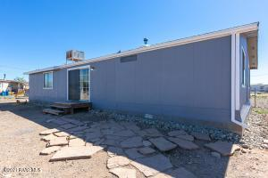 25100 Cottonwood Lane, Paulden, AZ 86334