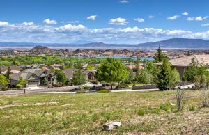 751 N Lakeview Drive, Prescott, AZ 86301