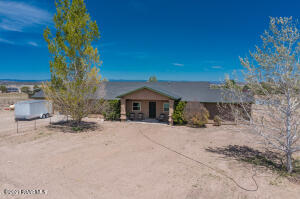 6775 N Geronimo Way, Chino Valley, AZ 86323