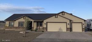 10480 N Ariat Drive, Prescott Valley, AZ 86315