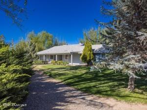 545 S Dunivin Lane, Dewey-Humboldt, AZ 86327