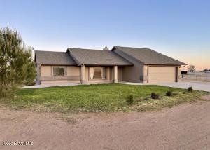 7195 E Whisper Ranch Road, Prescott Valley, AZ 86315