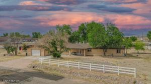 1095 Gilson Street, Chino Valley, AZ 86323