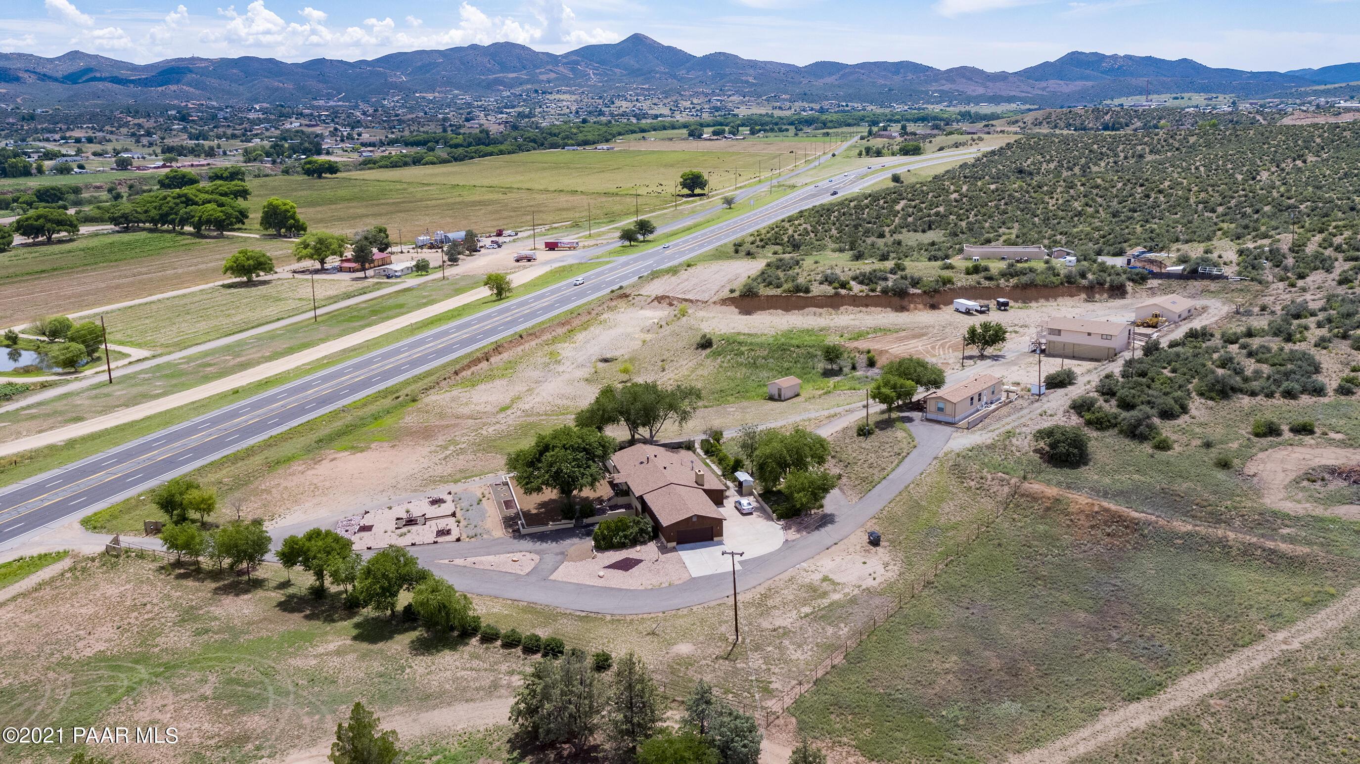 Photo of 1084 State Route 69, Dewey-Humboldt, AZ 86327