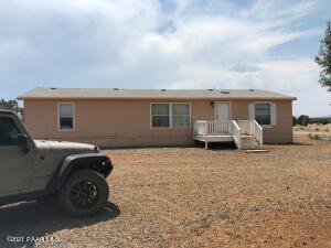 45650 N Bixler Trail, Ash Fork, AZ 86320