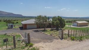 54701 N Bridge Canyon Parkway, Seligman, AZ 86337