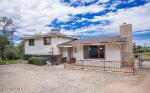 910 Garland Drive, Prescott, AZ 86305