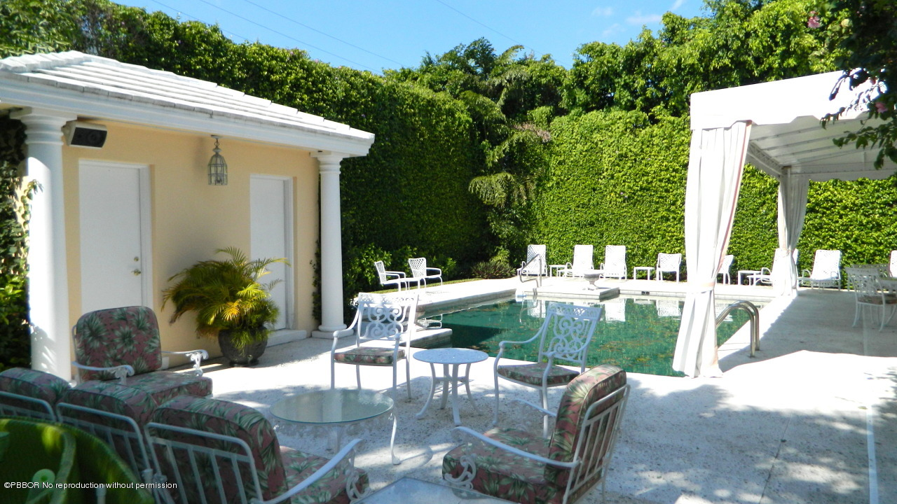 30 Middle Road Palm Beach, FL 33480