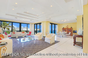 2 N Breakers Row N, 41, Palm Beach, FL 33480