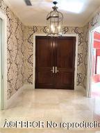 419 Brazilian Foyer