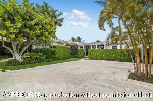 7920 Flagler Court, West Palm Beach, FL 33405