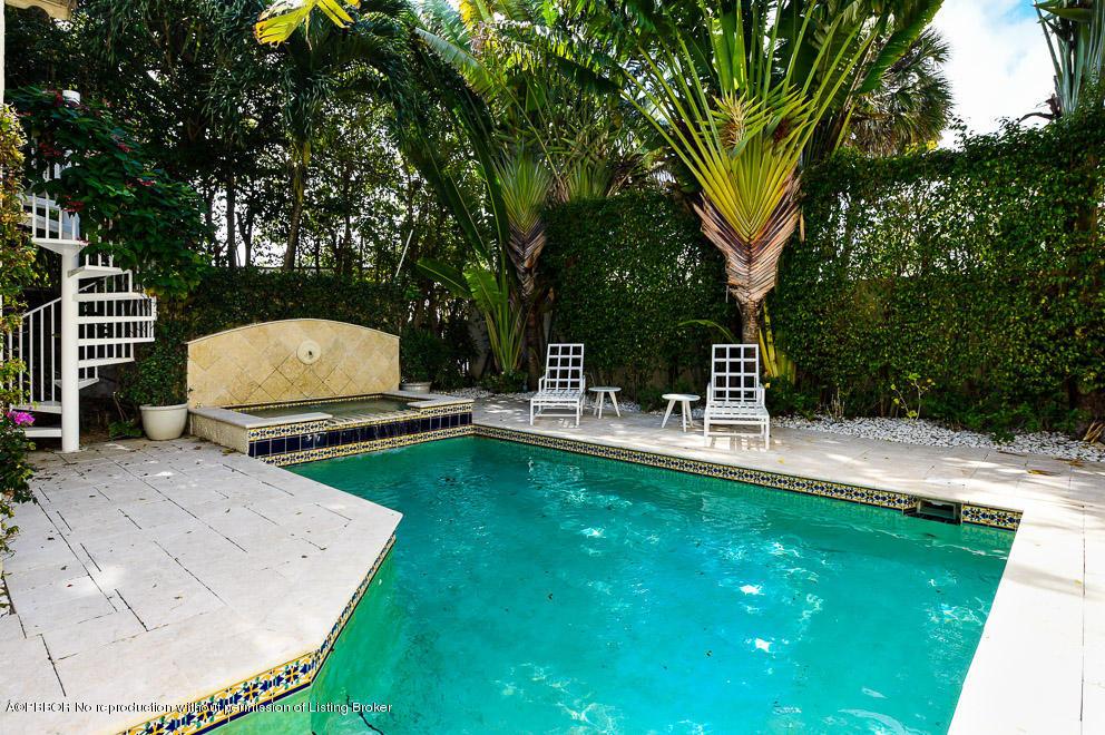 146 Australian Avenue Palm Beach, FL 33480