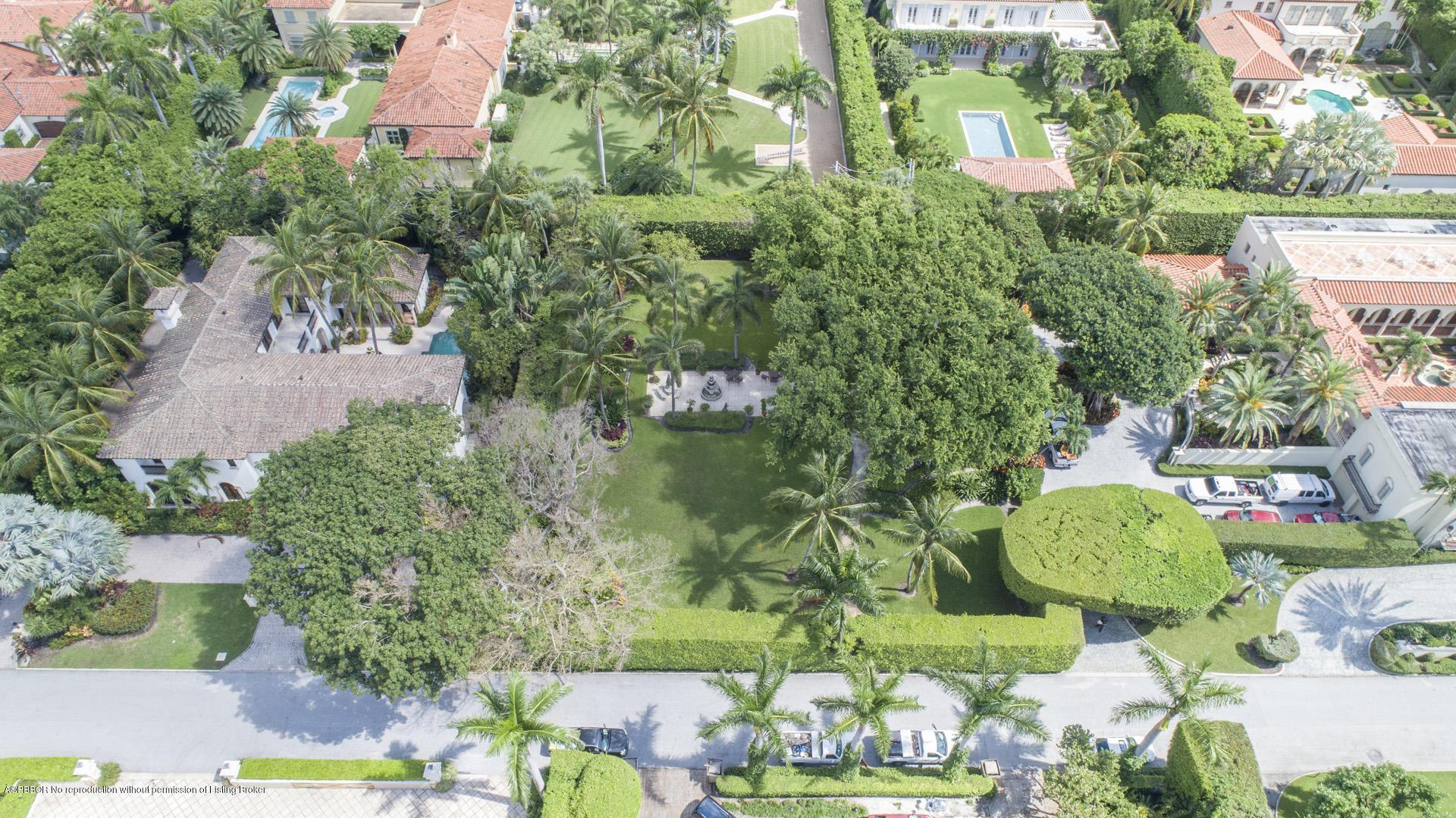 171 Via Bellaria Palm Beach, FL 33480