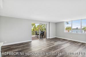 2800 N Flagler Drive, 210, West Palm Beach, FL 33407
