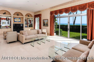 100 Worth Avenue, 100, Palm Beach, FL 33480