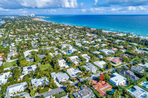 264 Sandpiper Dr Palm Beach FL-large-011