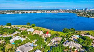 2222 Embassy Drive, West Palm Beach, FL 33401