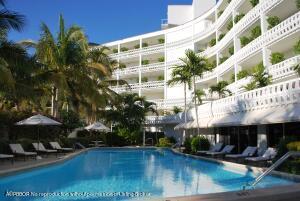 300 S Ocean Boulevard, 1F, Palm Beach, FL 33480