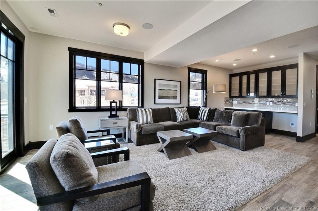 3668 Blackstone Drive, Park City, Utah 84068, 6 Bedrooms Bedrooms, ,6 BathroomsBathrooms,Condominium,For Sale,Blackstone,11903442