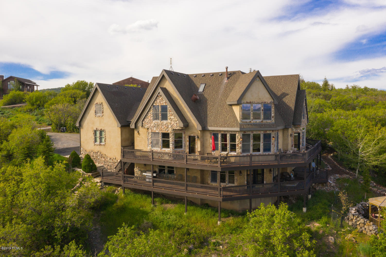 1352 Tollgate Road, Park City, Utah 84098, 7 Bedrooms Bedrooms, ,6 BathroomsBathrooms,Single Family,For Sale,Tollgate,20190109112430415765000000