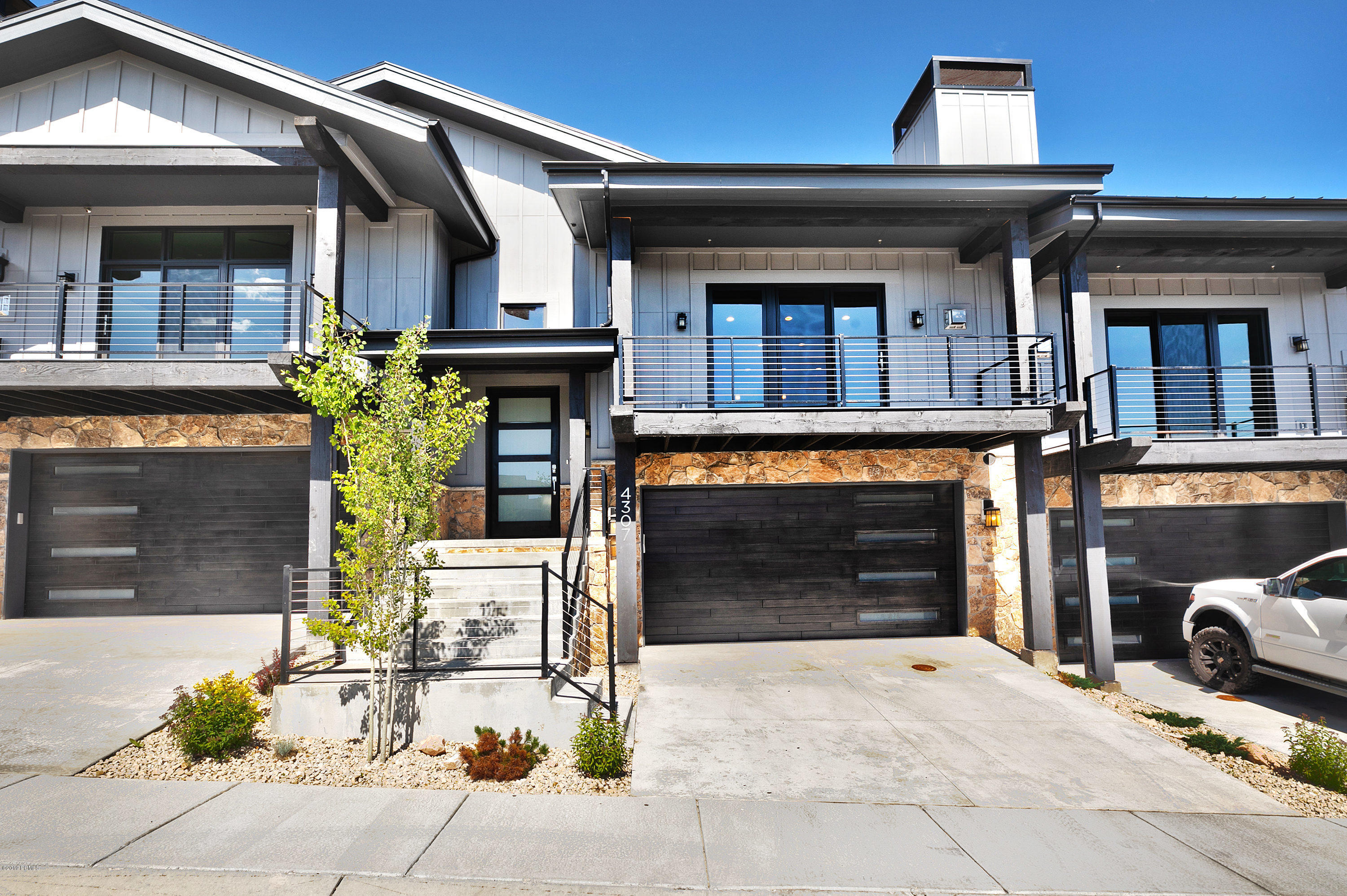 4307 Holly Frost Court, Park City, Utah 84098, 4 Bedrooms Bedrooms, ,3 BathroomsBathrooms,Condominium,For Sale,Holly Frost,20190109112430415765000000