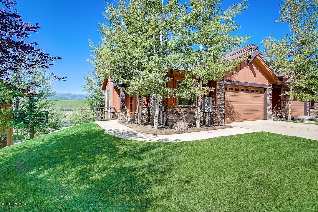 14021 Council Fire Trail, Heber City, Utah 84032, 3 Bedrooms Bedrooms, ,4 BathroomsBathrooms,Condominium,For Sale,Council Fire,20190109112430415765000000