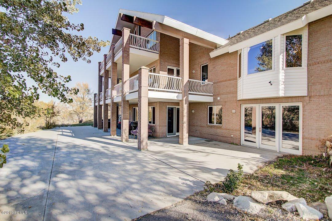 320 Old Farm Lane, Coalville, Utah 84017, 4 Bedrooms Bedrooms, ,6 BathroomsBathrooms,Single Family,For Sale,Old Farm,11908183