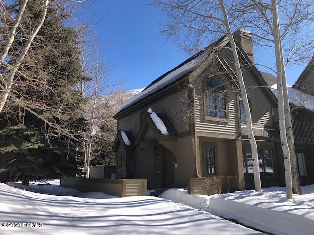3160 Deer Valley Dr., Park City, Utah 84060, 2 Bedrooms Bedrooms, ,3 BathroomsBathrooms,Condominium,For Sale,Deer Valley Dr.,20190109112430415765000000