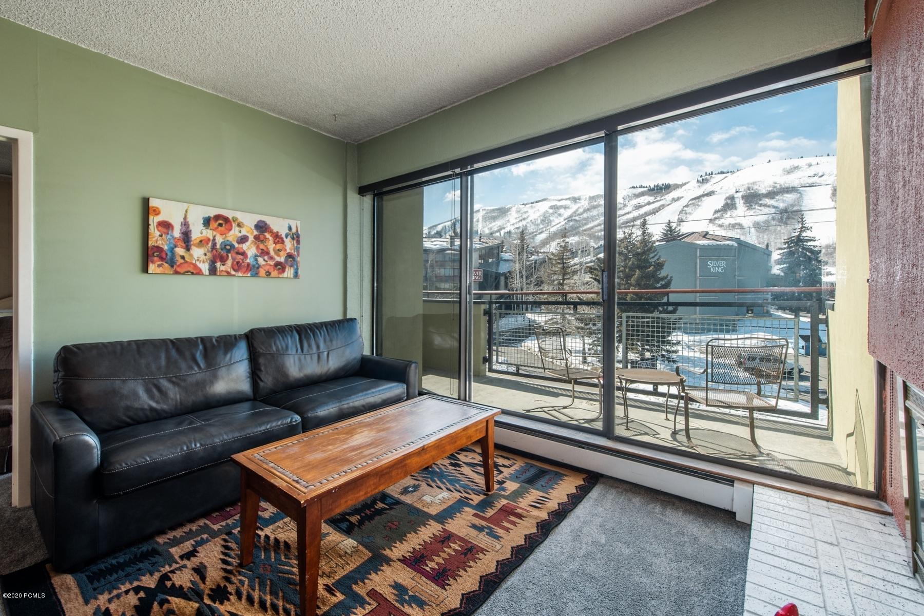 1482 Empire Avenue, Park City, Utah 84060, 2 Bedrooms Bedrooms, ,2 BathroomsBathrooms,Condominium,For Sale,Empire,20190109112430415765000000