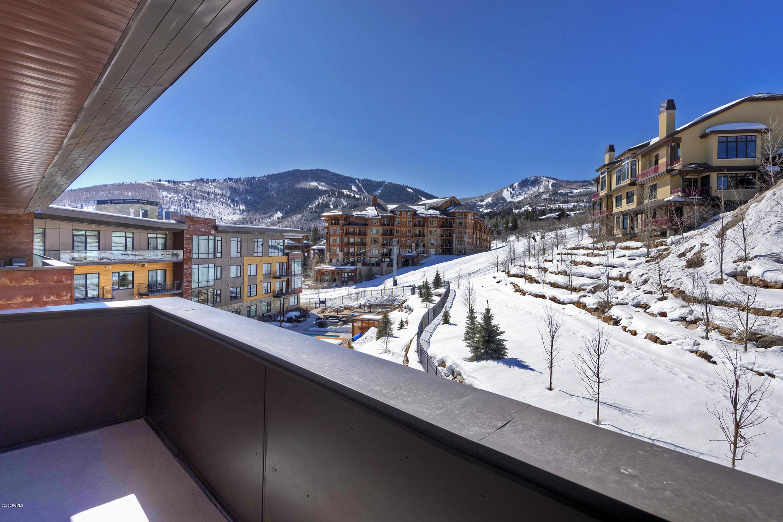 2431 High Mountain Road, Park City, Utah 84098, 4 Bedrooms Bedrooms, ,5 BathroomsBathrooms,Condominium,For Sale,High Mountain,20190109112430415765000000