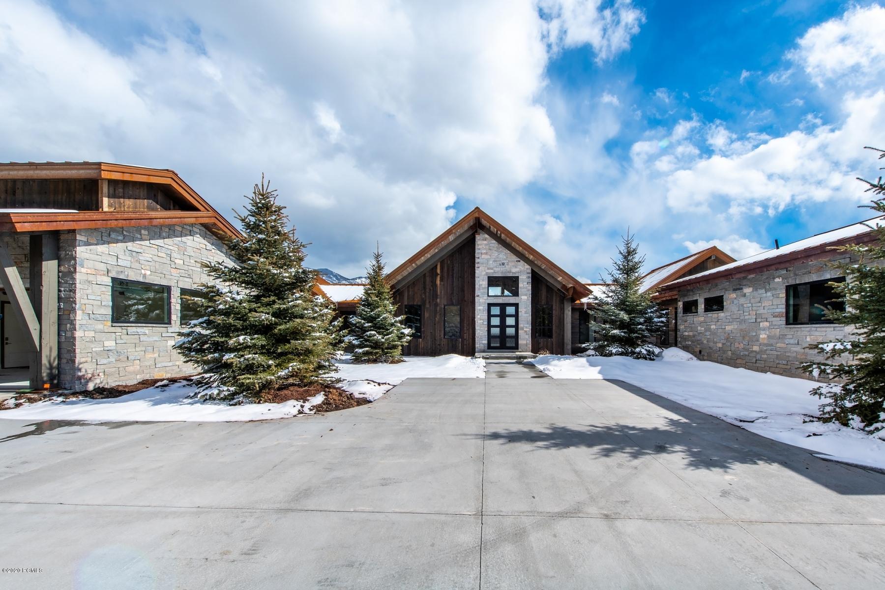 5957 Triple Crown Trail, Oakley, Utah 84055, 4 Bedrooms Bedrooms, ,4 BathroomsBathrooms,Single Family,For Sale,Triple Crown,20190109112430415765000000