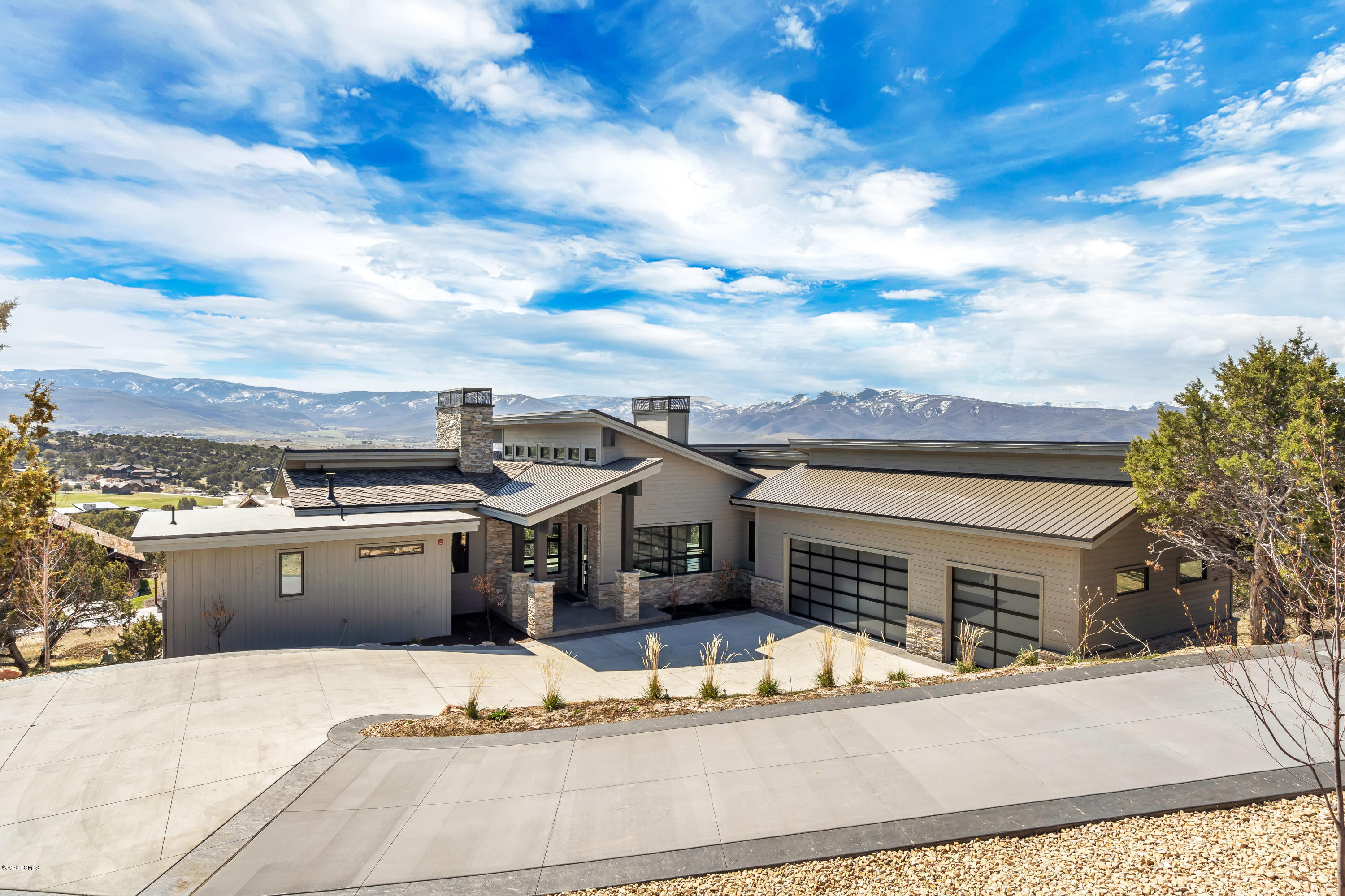 748 Explorer Peak Drive, Heber City, Utah 84032, 4 Bedrooms Bedrooms, ,5 BathroomsBathrooms,Single Family,For Sale,Explorer Peak,12000255