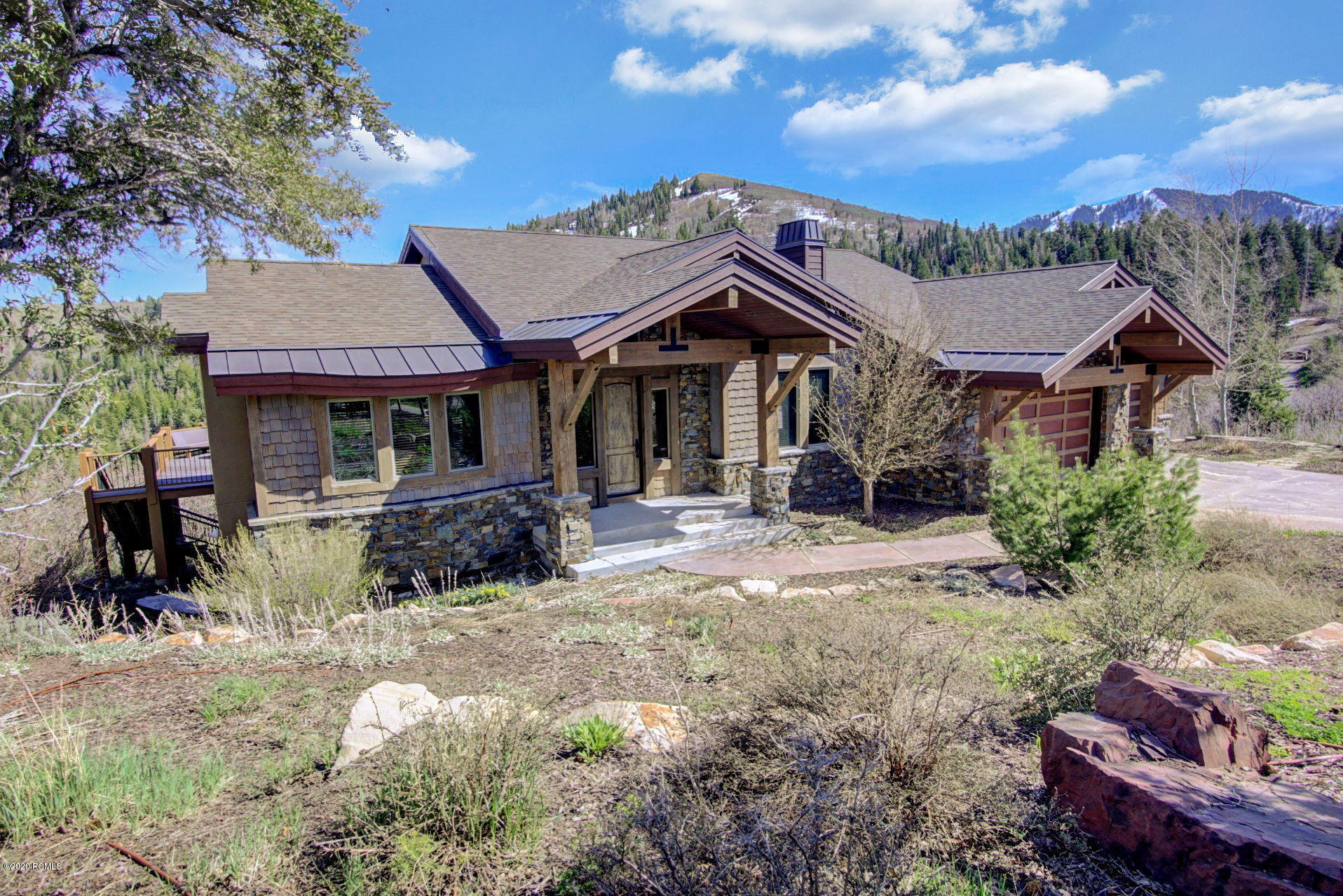 6864 Saddle Court, Park City, Utah 84098, 5 Bedrooms Bedrooms, ,6 BathroomsBathrooms,Single Family,For Sale,Saddle,20190109112430415765000000