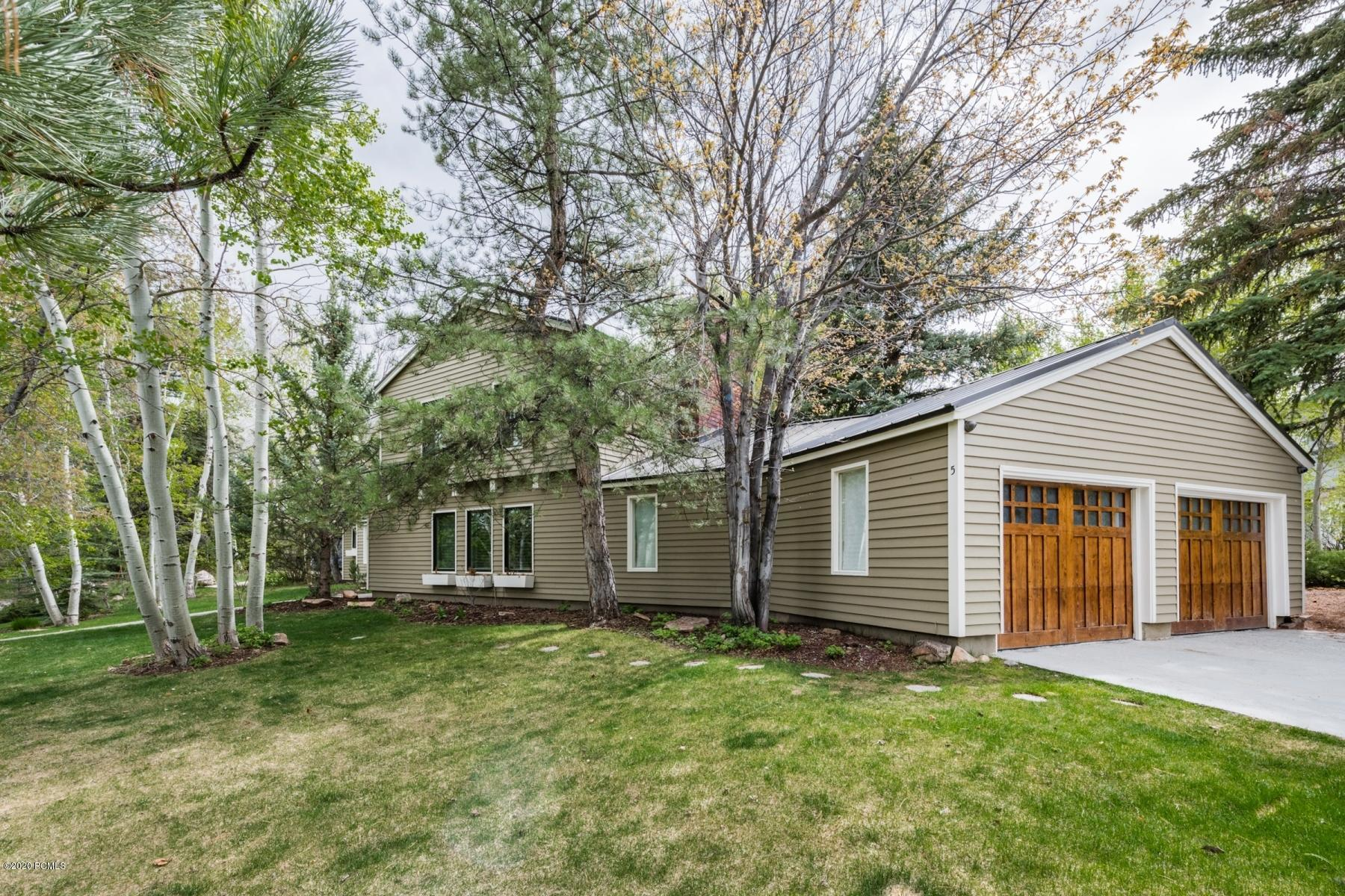 5 Prospector Drive, Park City, Utah 84060, 5 Bedrooms Bedrooms, ,4 BathroomsBathrooms,Single Family,For Sale,Prospector,20190109112430415765000000