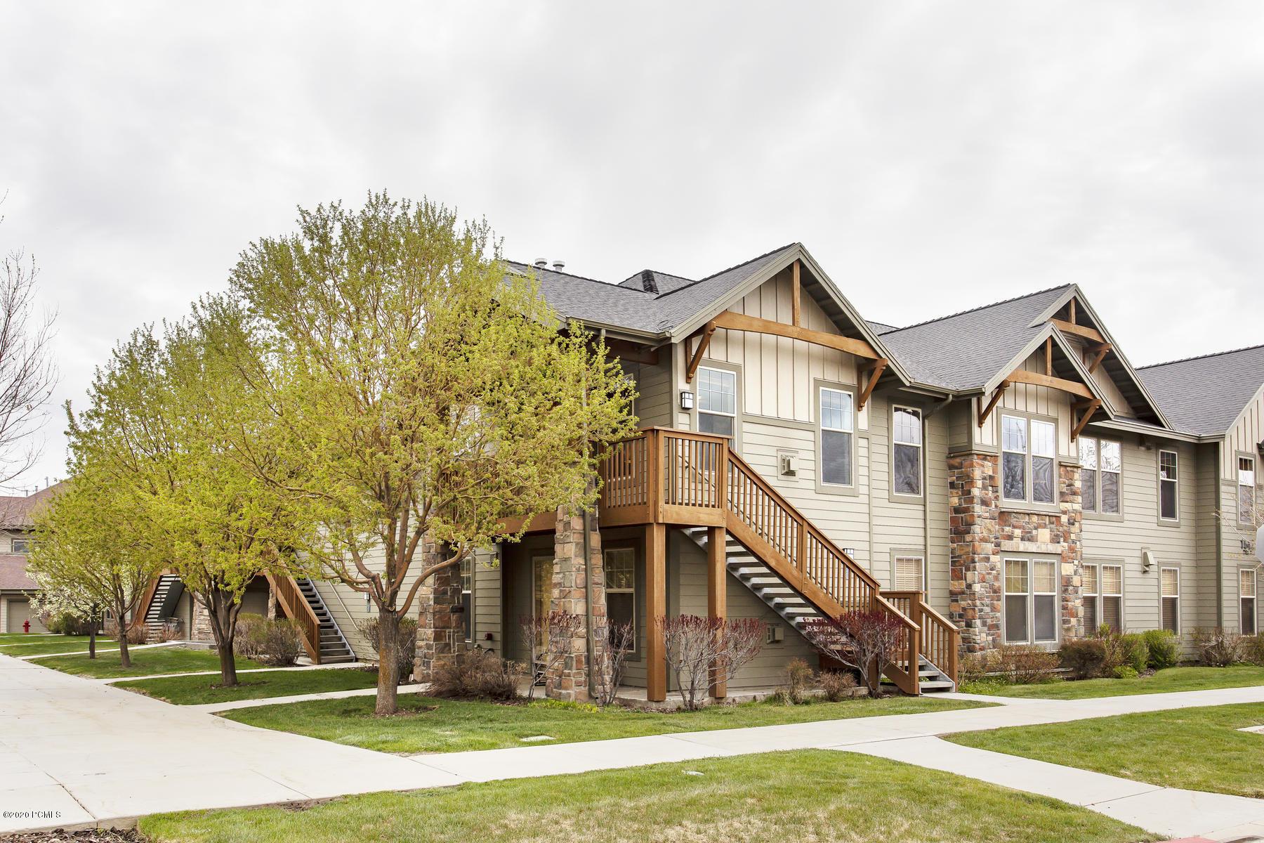 1642 Redstone Avenue, Park City, Utah 84098, 2 Bedrooms Bedrooms, ,2 BathroomsBathrooms,Condominium,For Sale,Redstone,20190109112430415765000000
