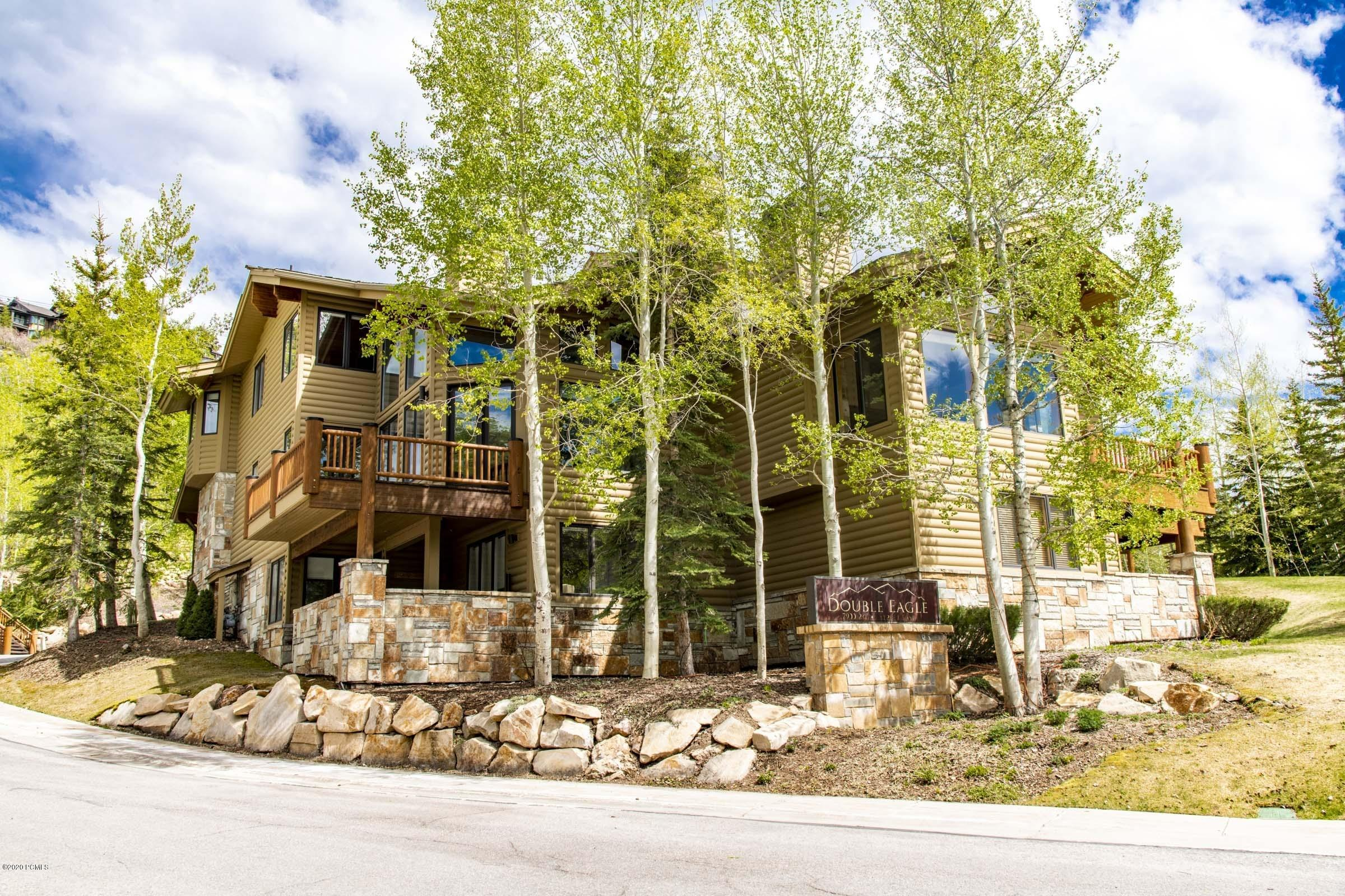 7900 Royal Street, Park City, Utah 84060, 3 Bedrooms Bedrooms, ,4 BathroomsBathrooms,Condominium,For Sale,Royal,20190109112430415765000000