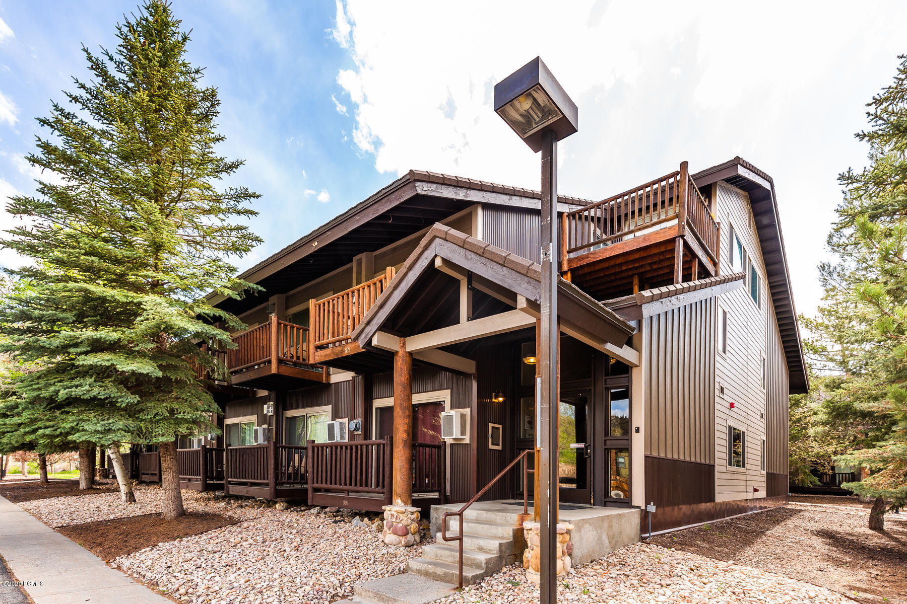 2325 Sidewinder Drive, Park City, Utah 84060, 2 Bedrooms Bedrooms, ,2 BathroomsBathrooms,Condominium,For Sale,Sidewinder,12001669