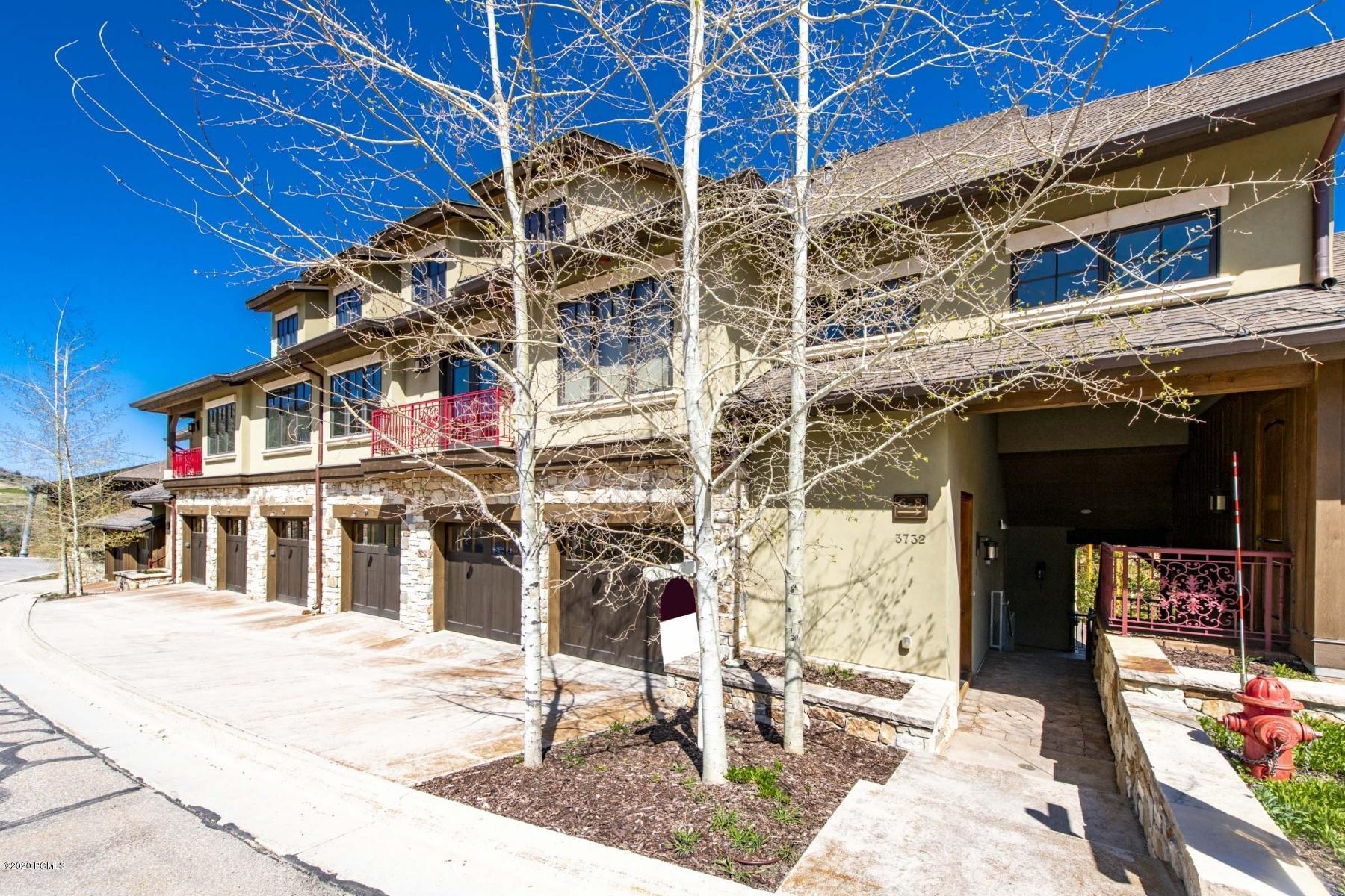 3732 Vintage East Street, Park City, Utah 84098, 4 Bedrooms Bedrooms, ,5 BathroomsBathrooms,Condominium,For Sale,Vintage East,20190109112430415765000000