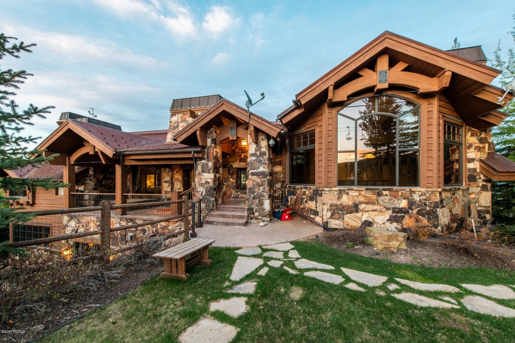 9840 Summit View Drive, Heber City, Utah 84032, 7 Bedrooms Bedrooms, ,9 BathroomsBathrooms,Single Family,For Sale,Summit View,20190109112430415765000000