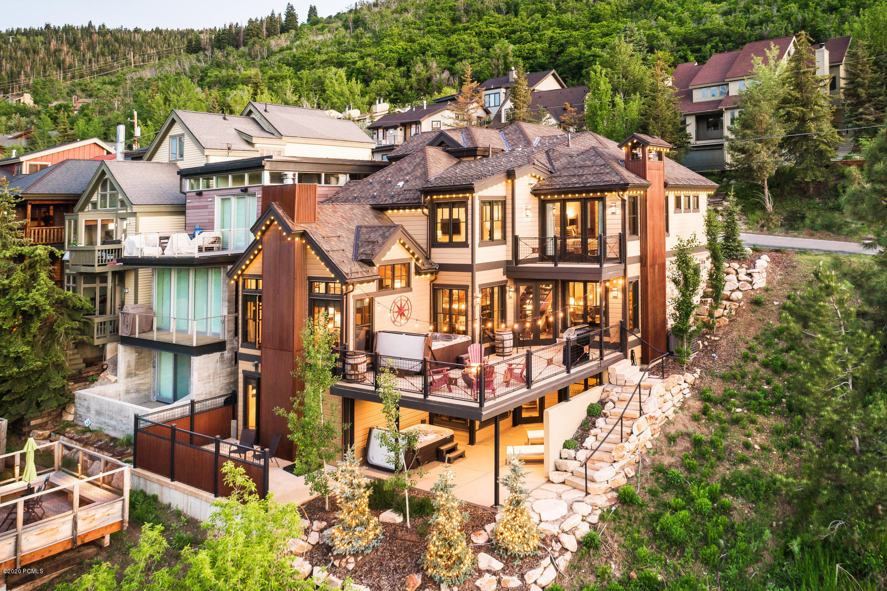 1138 Lowell Avenue, Park City, Utah 84060, 5 Bedrooms Bedrooms, ,6 BathroomsBathrooms,Single Family,For Sale,Lowell Avenue,20190109112430415765000000